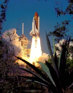 NASA-Space-Shuttle-Endeavour-lift-off
