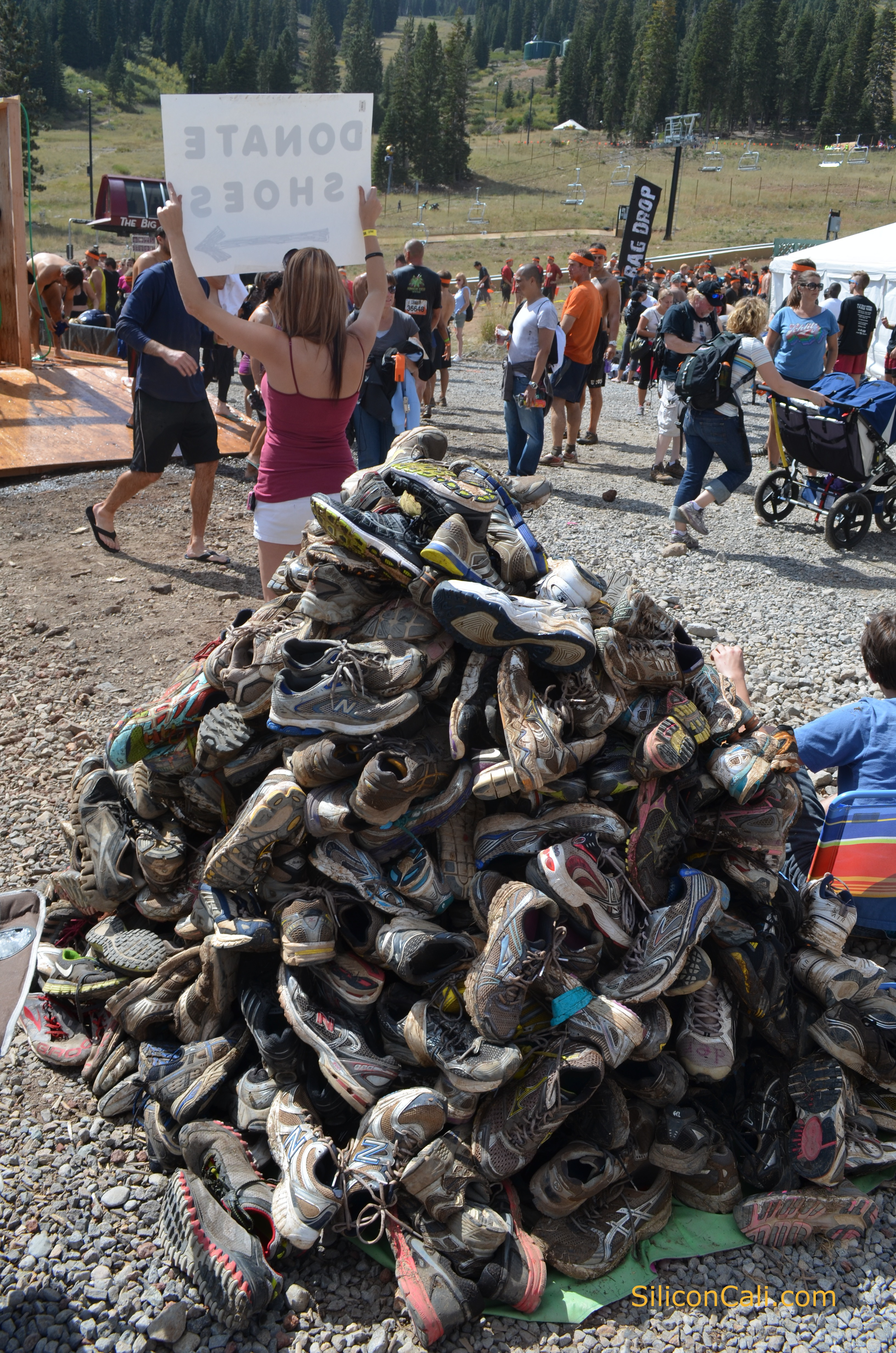 If you're buying a new pair of shoes for Tough Mudder, the best choice is a pair of trail running shoes. A word of caution: many styles of minimalist or