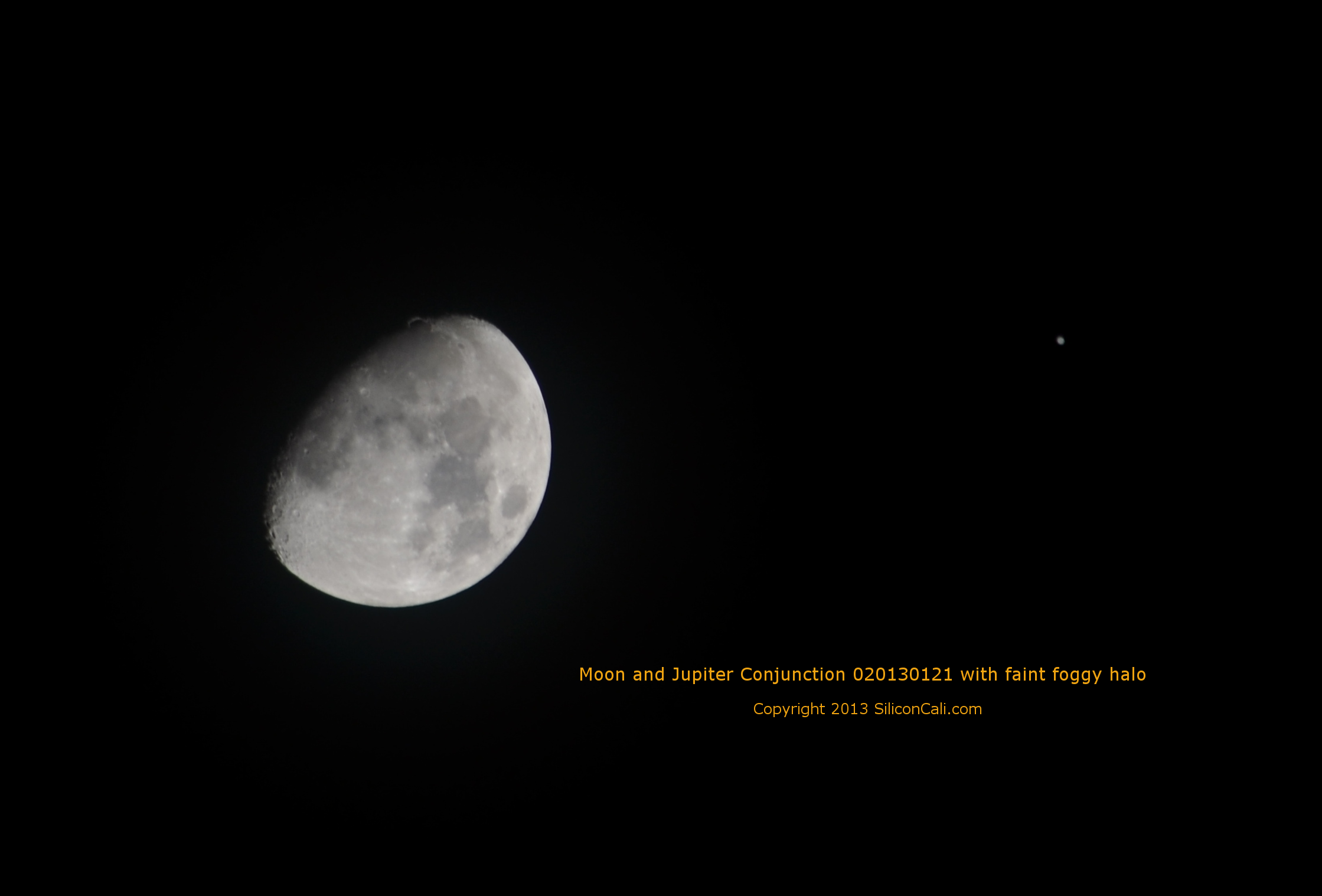 Moon_and_Jupiter_Conjunction_foggy_halo_020130121_SiliconCali.com