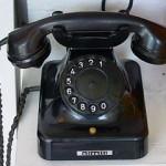 280px-Alt_Telefon